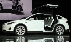 Foto (c) Steve Jurvetson - Wikipedia, Tesla Modell X