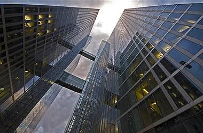 muenchen-office-hochhaus-germany-jll