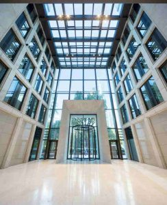 t8_taunusanlage_frankfurt-main_innenaufnahme-foyer
